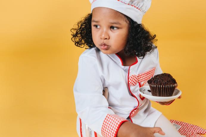 Mythe ou réalité? : Manger du chocolat excite les enfants