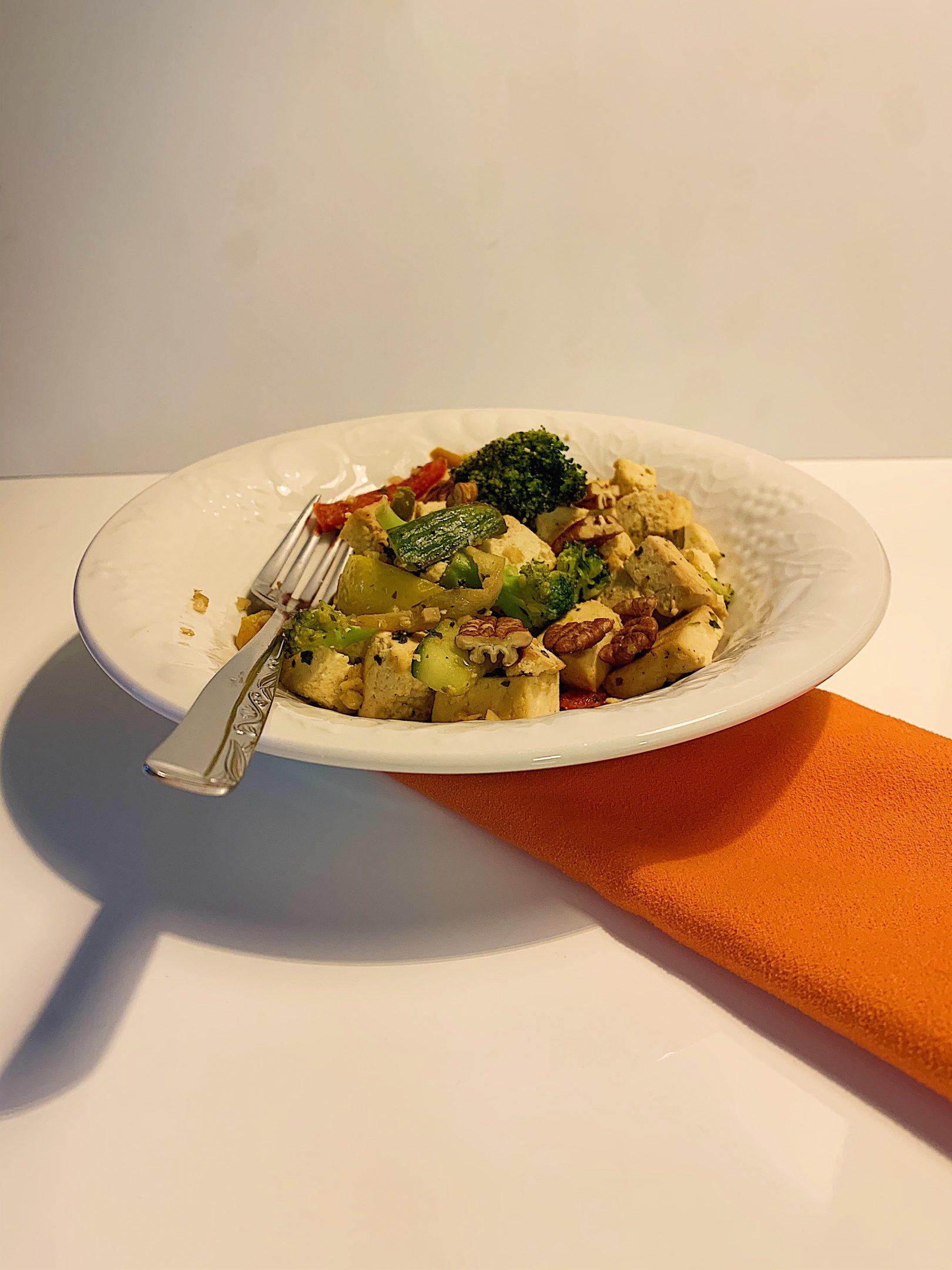 Sauté de tofu et légumes grillés
