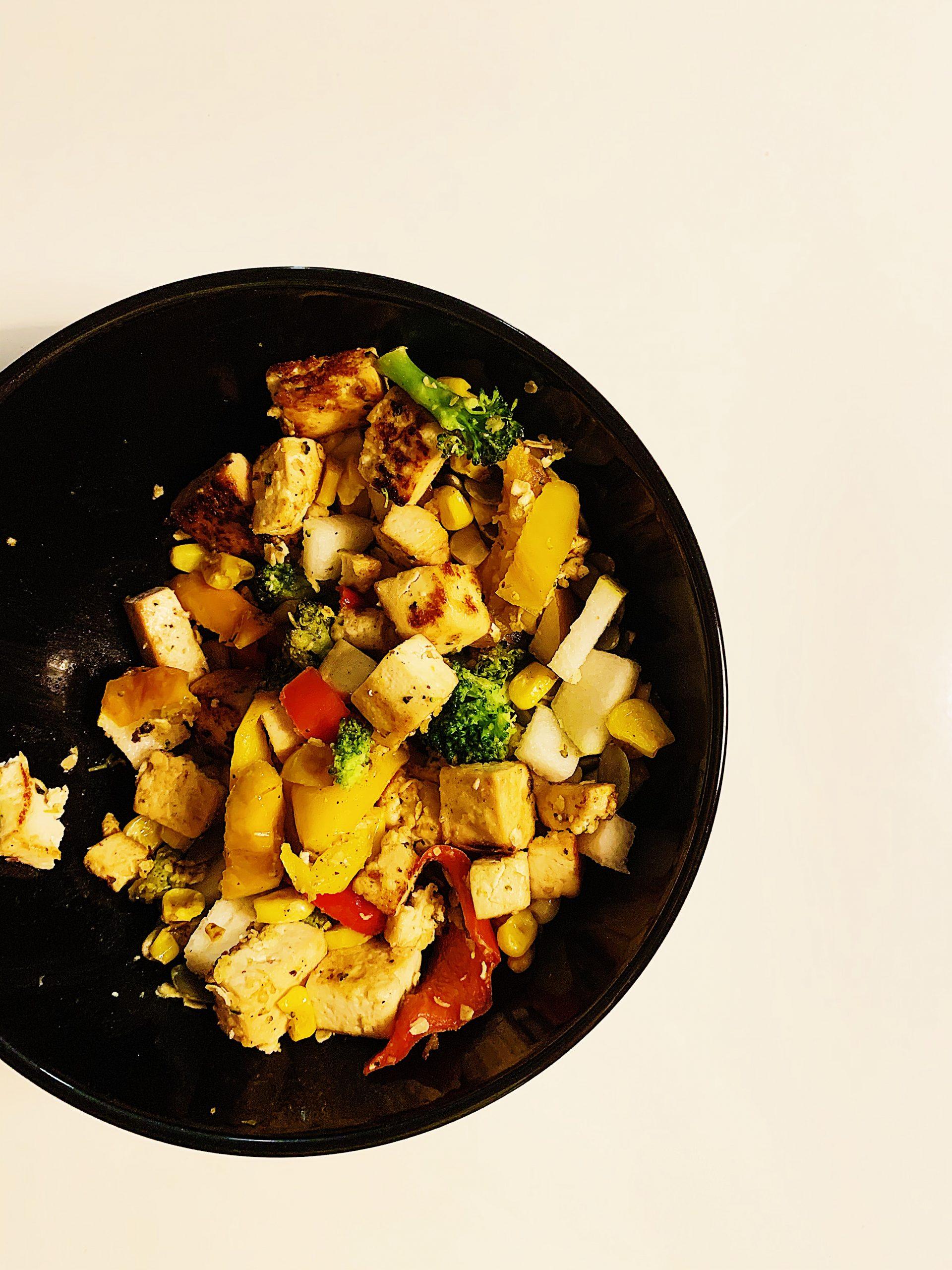 Sauté de tofu et légumes