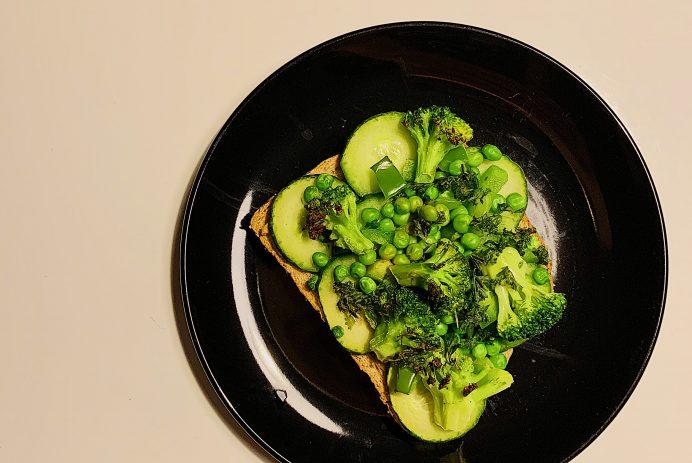 Pizza aux légumes verts