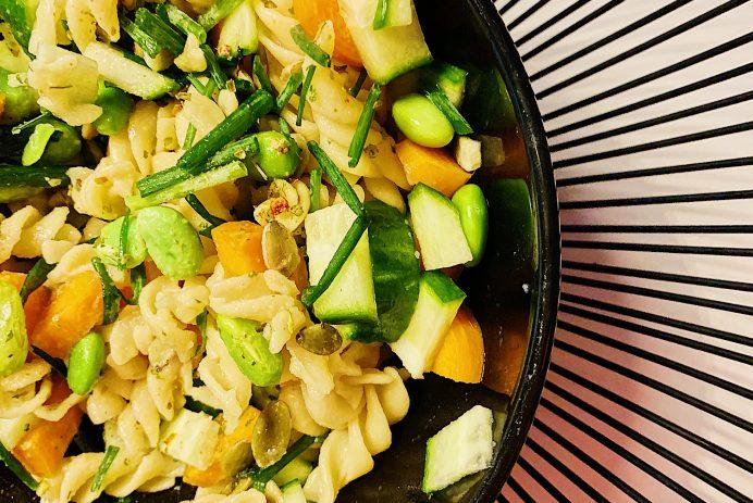 Fusillis aux légumineuses et légumes frais