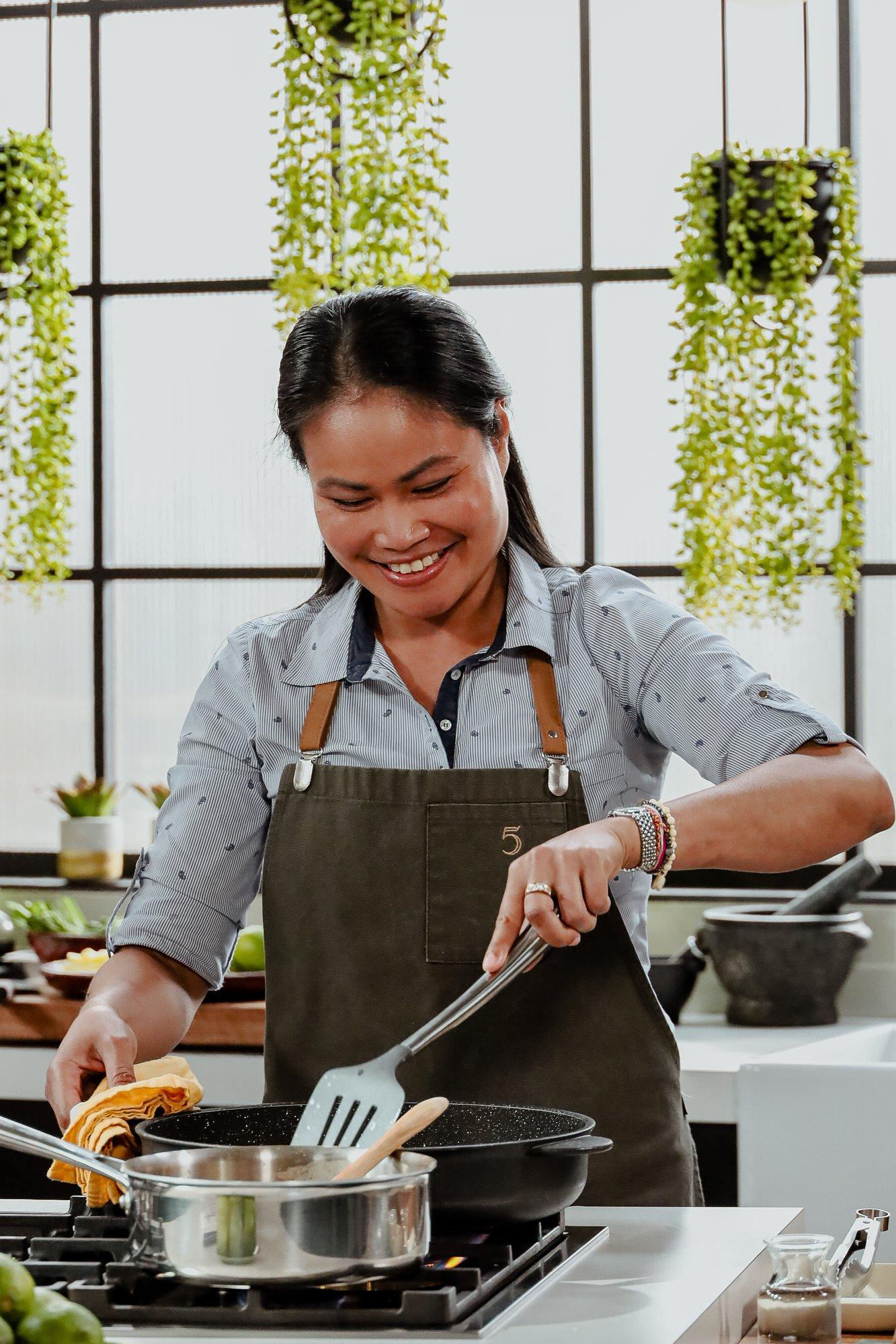 5 chefs dans ma cuisine (Nongyao Truadmakkha)