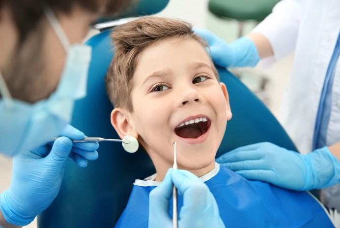 Les soins dentaires les plus courants chez un enfant
