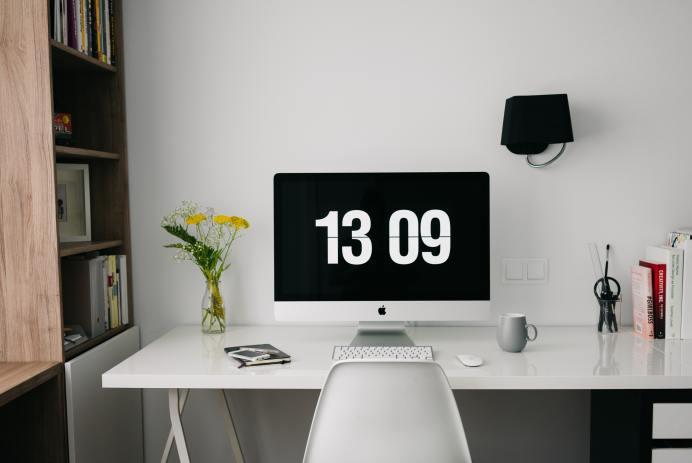 Comment faire le ménage et le rangement de son bureau à domicile?